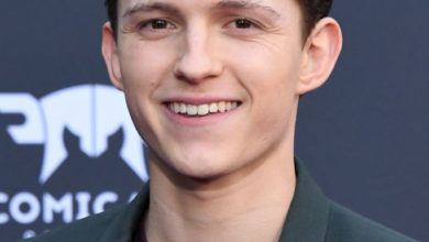 Photo of Tom Holland Biography,Weight,Height,Body,Career,Age and More