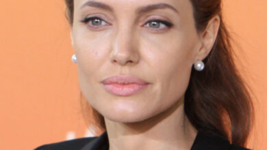 Photo of Angelina Jolie Biography, Weight, Height, Body, Career, Age and More