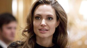 Angelina Jolie Biography,Weight,Height,Body,Career,Age and More